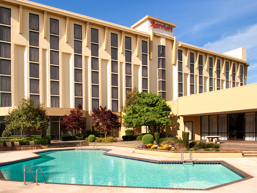 Greenville Marriott Exterior & Pool