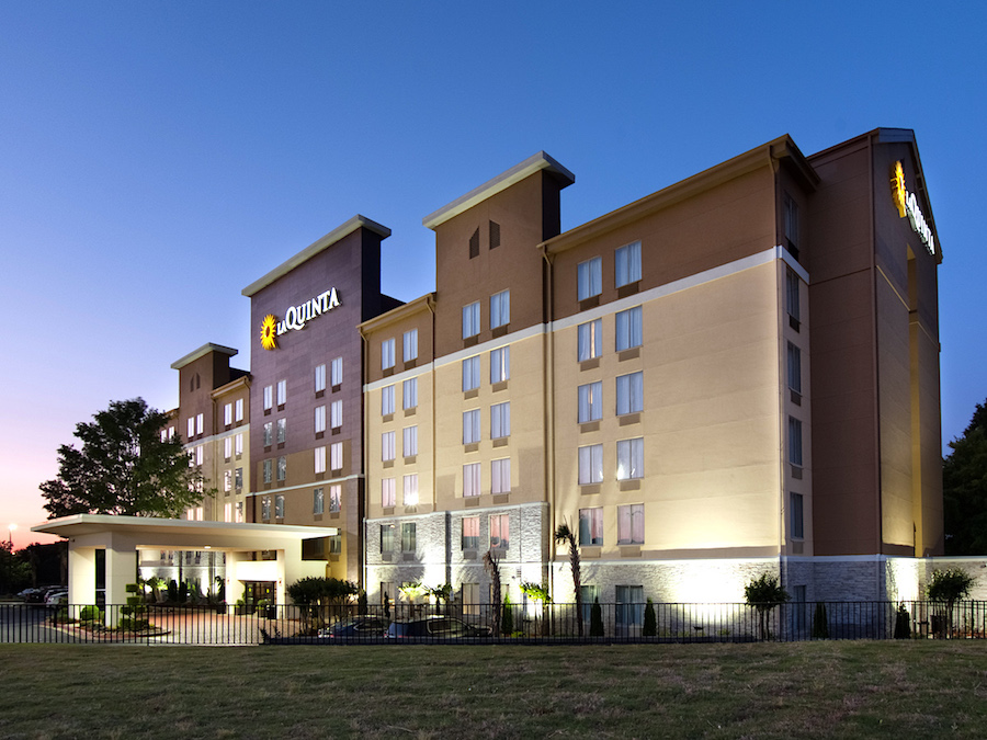 LaQuinta Inns & Suites Atlanta North Exterior