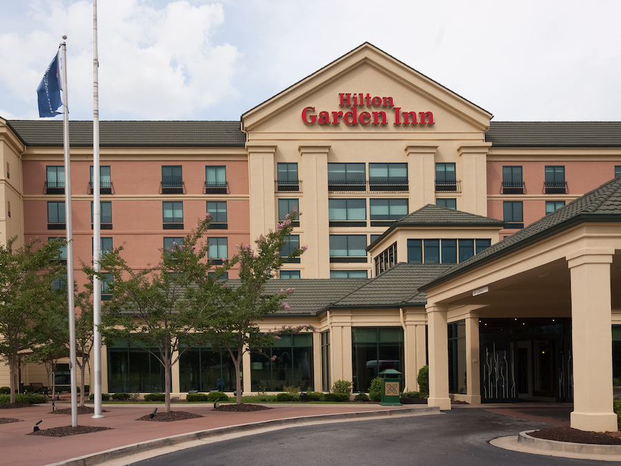 Hilton Garden Inn Atlanta Airport/Millenium Center Exterior