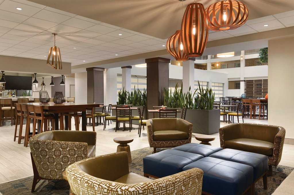 embassy-suites-bloomington