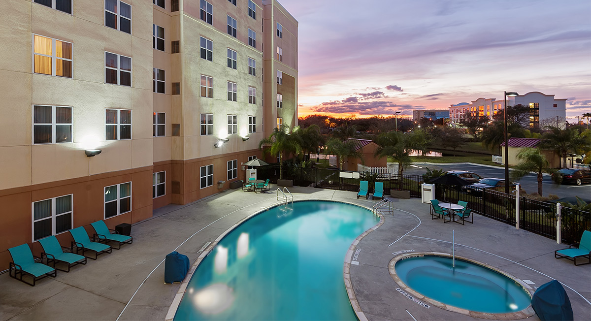 https://www.aurohotels.com/wp-content/uploads/Residence-Inn-by-Marriott-Orlando-Airport-Page-Photo.jpg