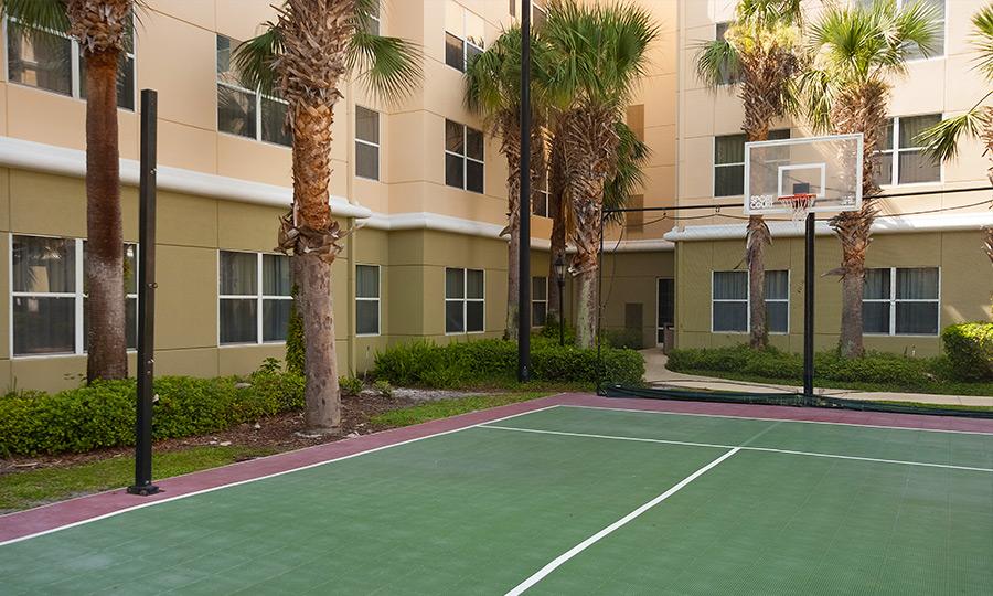 https://www.aurohotels.com/wp-content/uploads/Residence-Inn-by-Marriott-Orlando-Convention-Center-Gallery-Photo-1.jpg